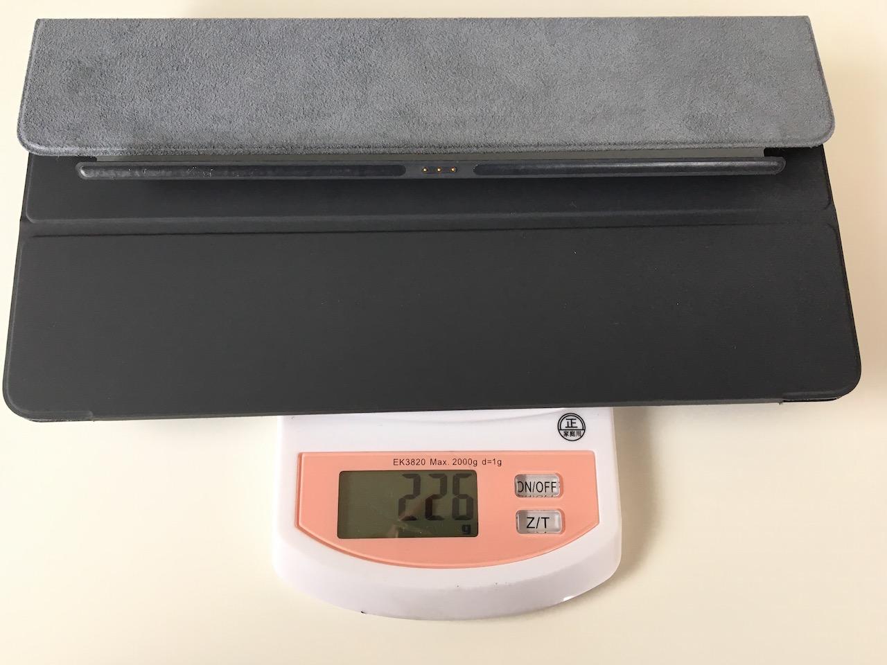 iPad Pro 9.7にSmartKeyboardを付けたら重くなる?それ素人の使い方です