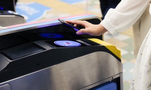 iPhone7のSuicaが駅の改札で全く反応しなくることがたまにある!再起動で直るが問題はエクスプレスカード設定かも?