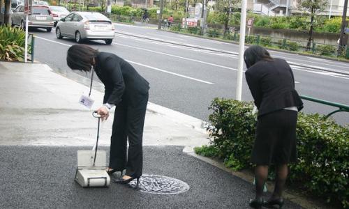 朝一から街の清掃をしてくれているお兄さんお姉さんでもこれだけは・・・