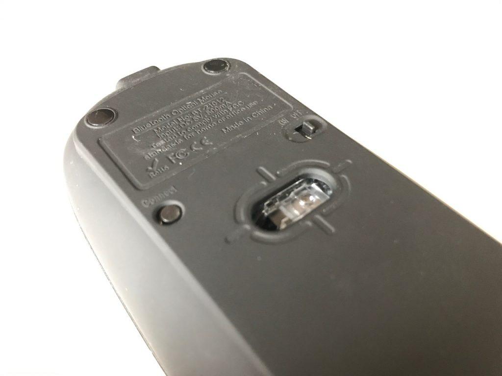 コワーキングスペースでも遠慮なく使えるBluetooth接続の無線静音マウス!コレイイ!