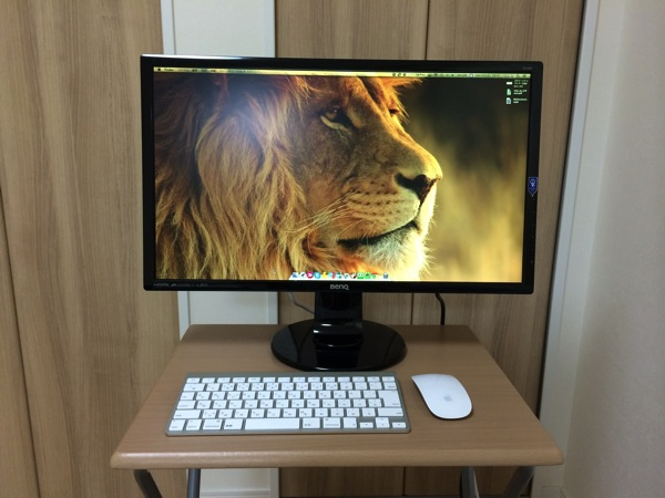 MacBook Air11インチの狭い画面は外付けモニターBenQ GL2460HMで解決!