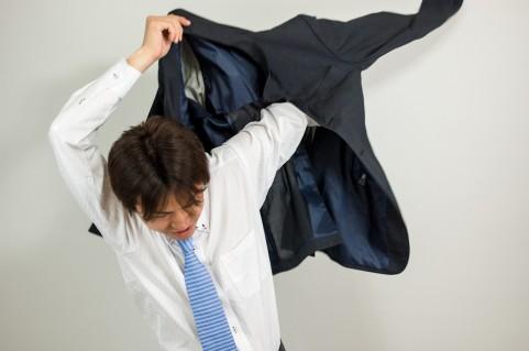 スーツを激安価格で安く買う方法