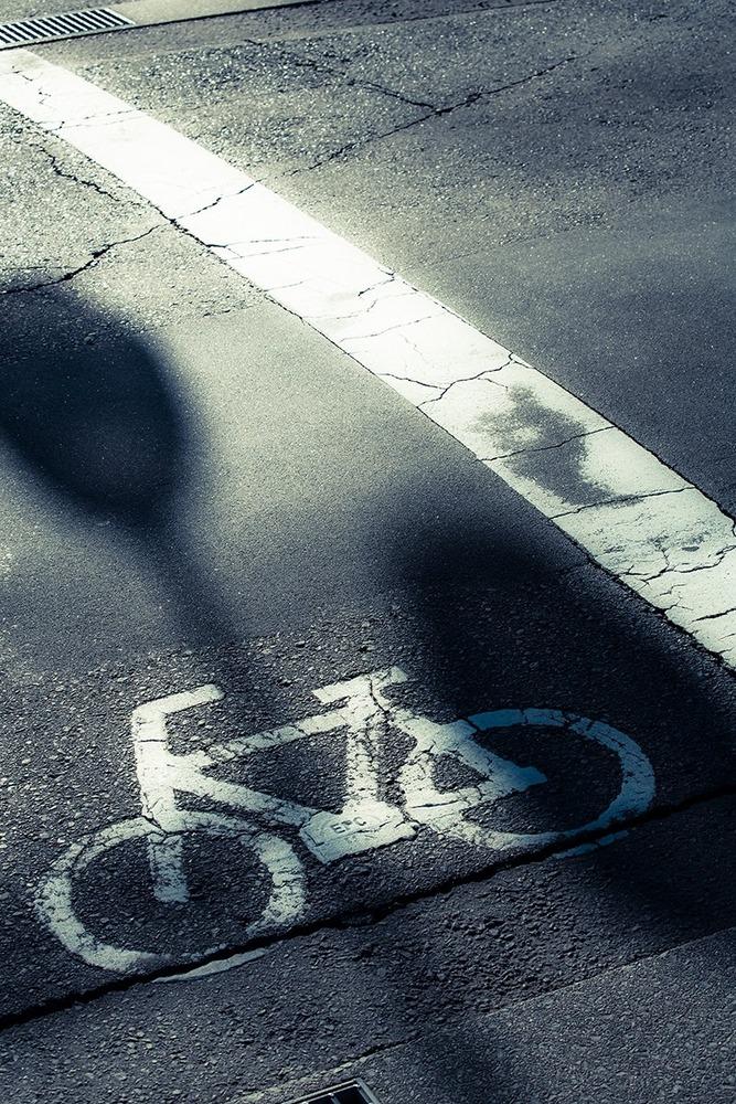 法改正で自転車がヤバイ!逆走、歩道、傘、イヤホン、全部取り締まりの対象か?