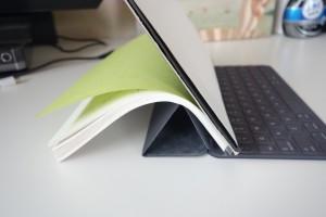 まさかこんなモノにまで使えるとは!iPadProのSmartKeyboardが万能すぎる件!