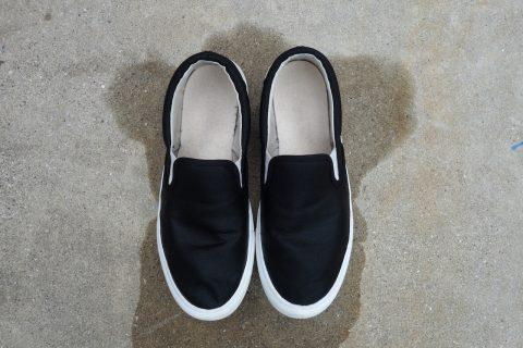 靴を白くする方法を試してみた。黄ばみやゴム部分に効果あるとのこと
