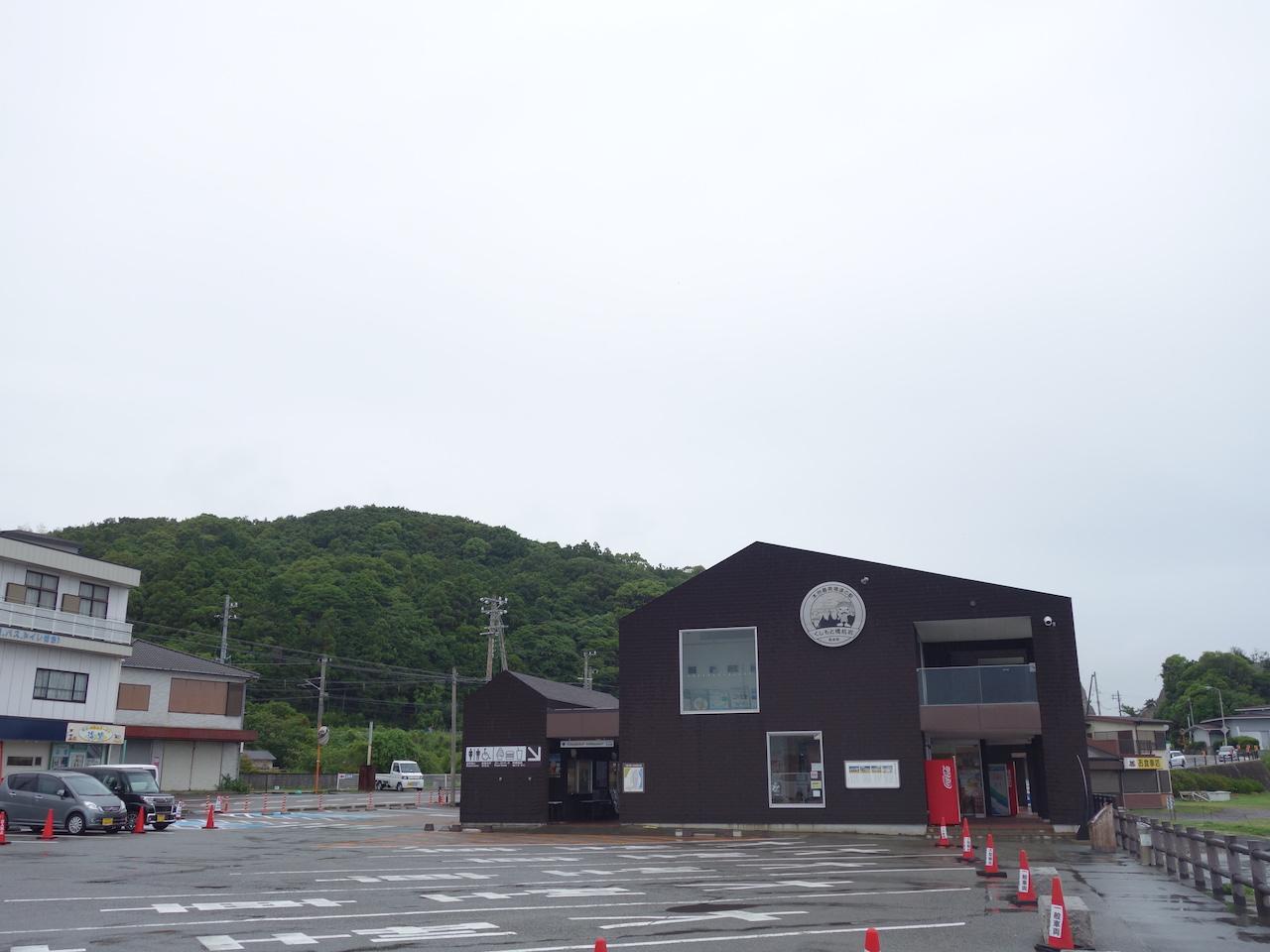 道の駅「くしもと橋杭岩」がべらぼーに良い!車中泊にも最高です!