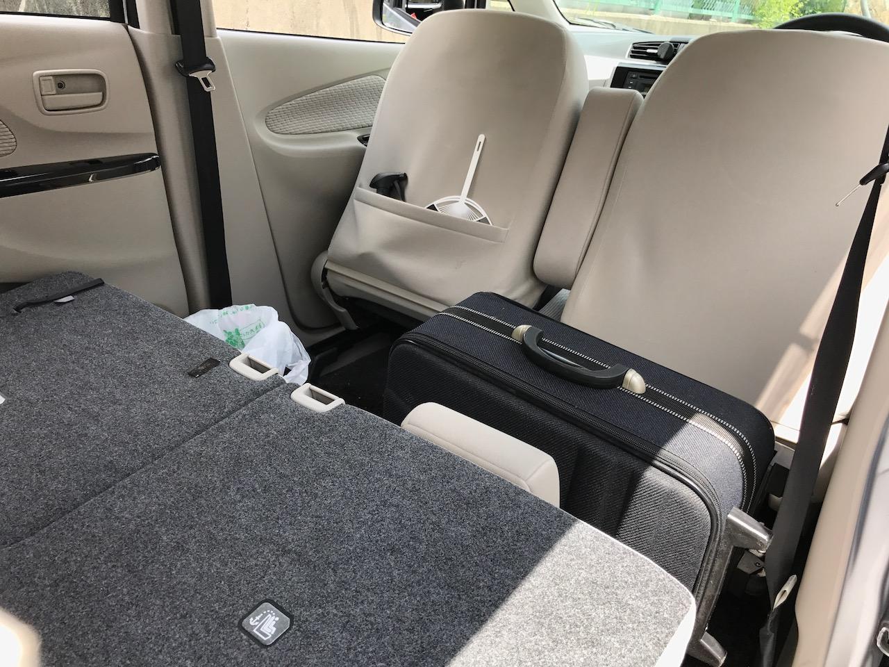 日産デイズで車中泊時に一番寝られるスペースを確保できるスタイルを研究してみた