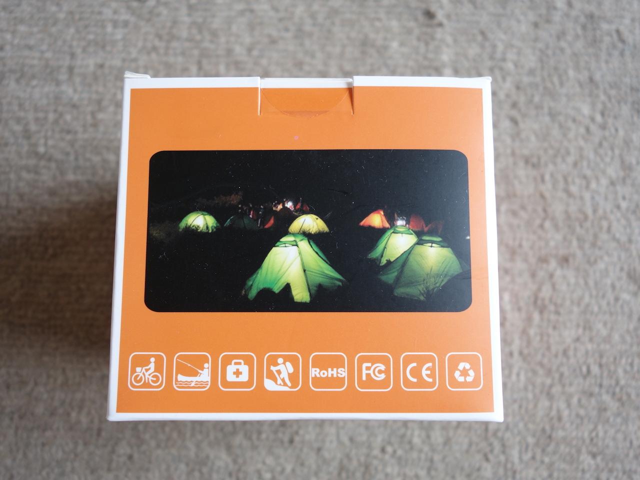 モバイルバッテリーにもなって車内・テントでも使いやすいLEDランタン買った