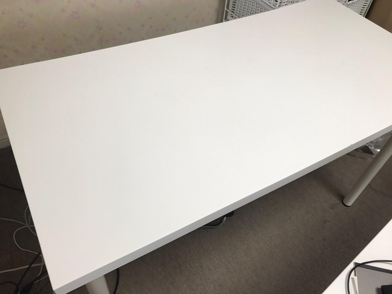 IKEAのスタンディングデスクがオススメできる理由!高さは?体への効果がすごい