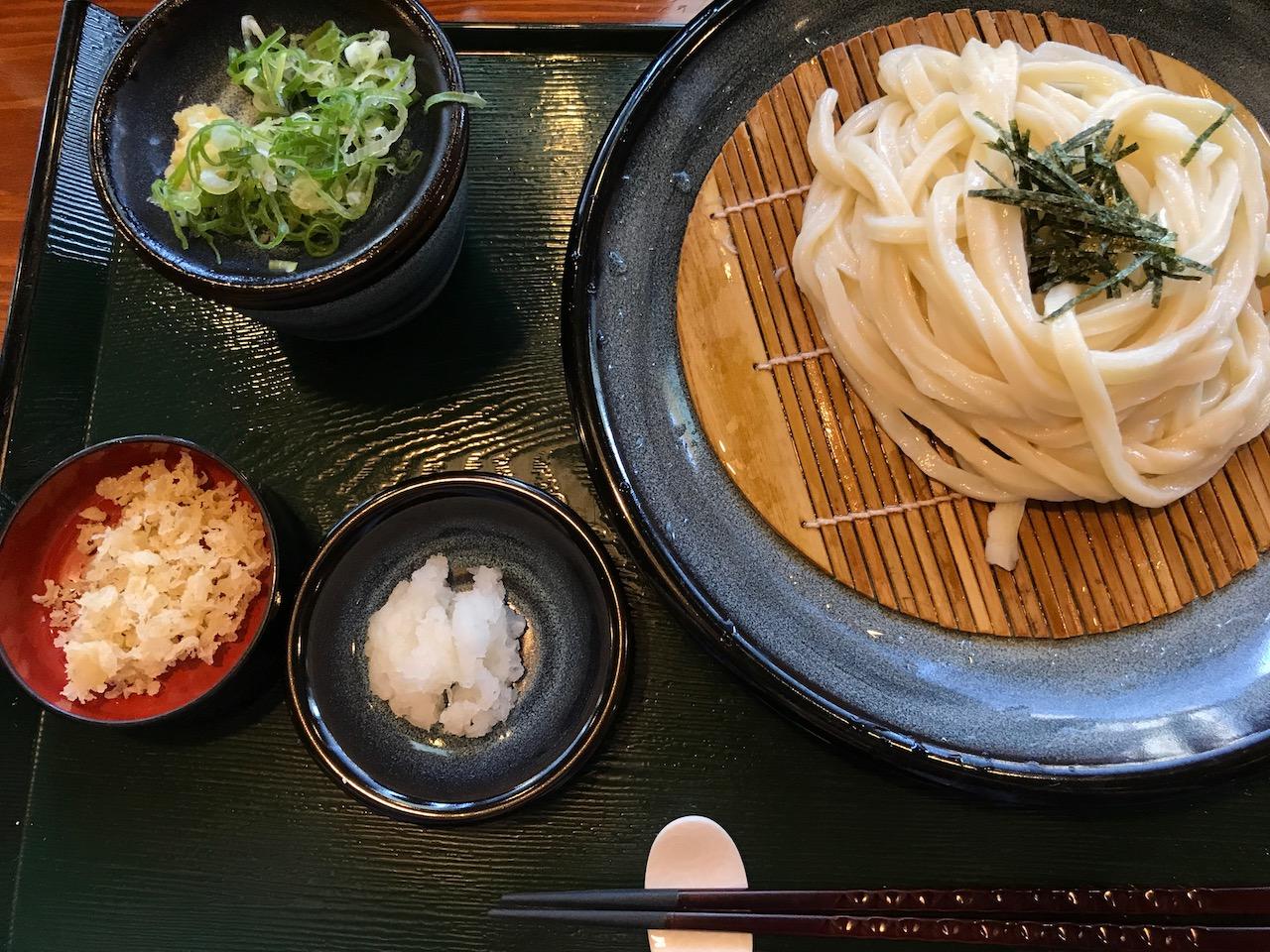 香川でうどんを喰らう!高松駅近くで夕方頃でも食べられるうどん屋さんへ行ってきた